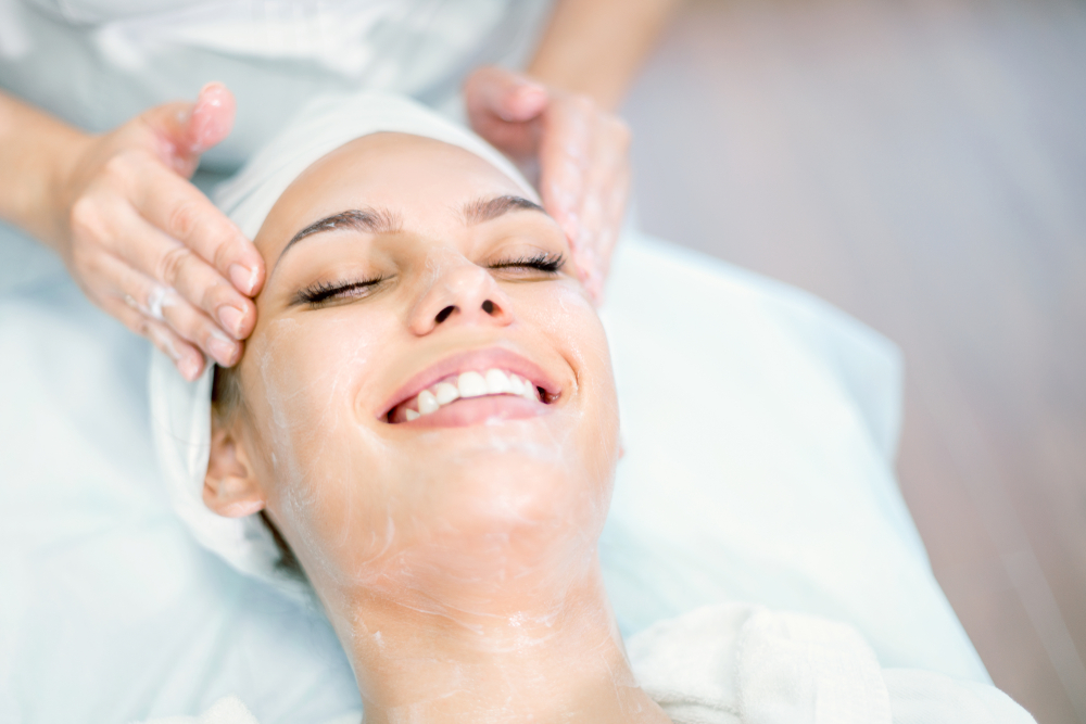 Finding the best Boston facial spa for your needs can be difficult, as you are faced with so much choice. The experts at Boston's top Medical Spa discuss what you should consider when choosing your treatment provider